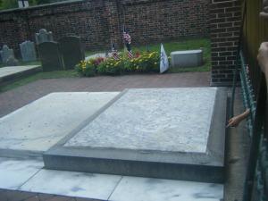 Ben_Franklin_Grave